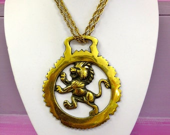 Beautiful Large Vintage German Chunky Gold Metal Horse Brass Berlin Bear Lion Pendant Necklace