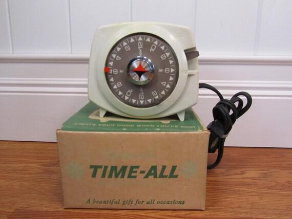 "Vintage ""Time All"" Household Timer"