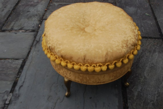 Vintage Gold Brocade Foot Stool - Hollywood Regency / French Provincial Style