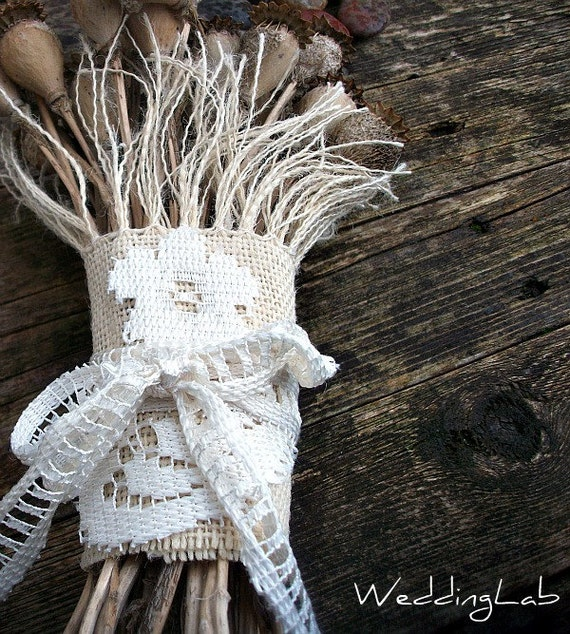 Bridal Bouquet Wrap in Cream Burlap/Hessian and Ivory Lace Applique