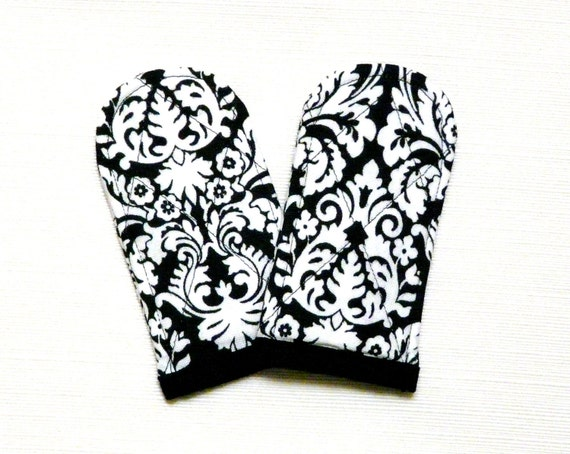 Pan Handle Covers Black and White Damask