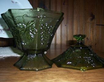 Vintage Avocado Green Glass Grape Pattern Compote Candy Dish With Cover