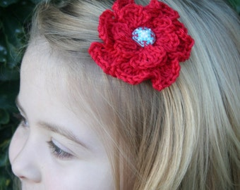 Crochet - Red poppy crocheted hair clip/with red & teal brad