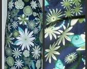 The Grocery Bag Holder-Blue floral print