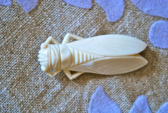 Celluloid Cicada Pin- Vintage 1960's French Faux Ivory Pin Lucky Bug
