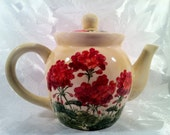Jumpin Geraniums Country TeaPot