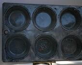 Vintage Grey Mottled Granite Enamelware Muffin Biscuit Tin