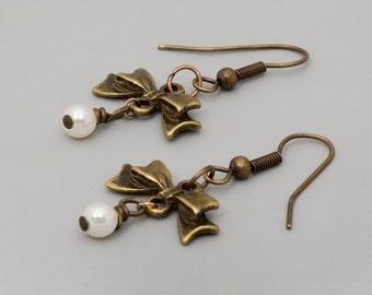 Bow Earrings; Cute Dangle Earrings; Brass Earrings; Bridesmaid Gift; Under 20; Gift Best Friend; Pearl Jewelry; Everyday Jewelry; Romantic