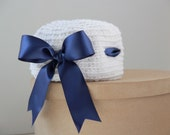 White hat with navy blue satin ribbon 6-12 months girl, girl navy hat, baby navy hat, cotton hat,crochet baby hat,photo prop FREE SHIPPING