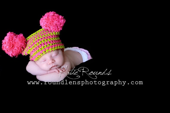 Photo Props for TWINS. Boy/-Girl Cotton yarn Crochet Hats with poms poms