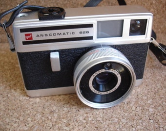 Vintage Anscomatic 126 Film Camera - Check out all of our vintage cameras