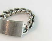 Chunky Chain and Shield Sterling Silver Vintage Ring Flexible Chain Band Size 4 1/2 to 5