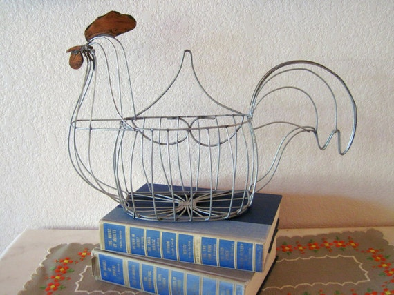 Vintage Wire Chicken Basket With Hook To Hang On Wall