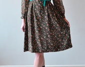 Reserved for Joemy - Vintage 1970s Forest Floral Dress with Mandarin Collar / Small - Medium Size