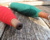 Vintage Spools  with Thread - Mill Spool Spindles Red and Green