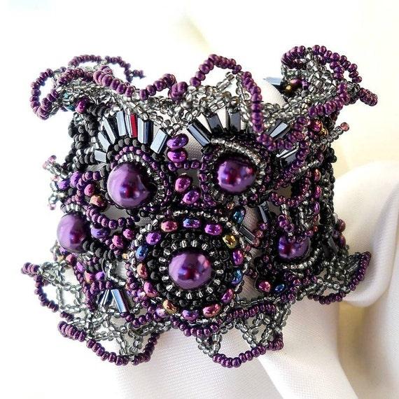 Freeform freestyle Beaded Cuff Bracelet Purple lilac black silver, Unique gift Ooak jewelry