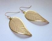 Large Gold Mesh Leaf Charm Drop Dangle Earrings