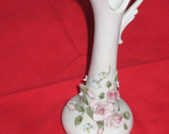 Vase with 3 dimensional roses
