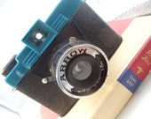 Sale was 39 Vintage Camera Mod  Black and Teal Plastic ARROW FILM CAMERA with 3 Focal Distances  1960s  Rare 120 Roll Film