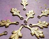 10 Ornate Raw Brass  Palmate Drops  - D.I.Y. Steampunk  Scrapbooking Love  Neo Victorian Valentine's Day