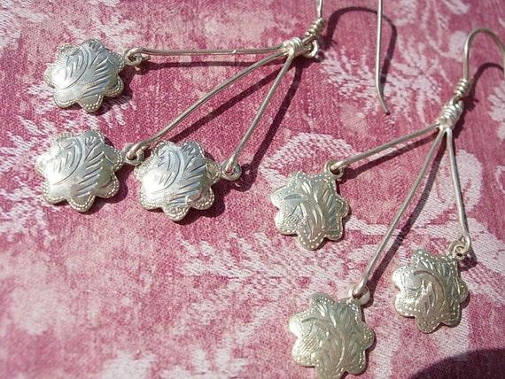 Dancing Snowflake Vintage Sterling  Dangle Earrings