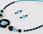 Tres Chic necklace & earrings
