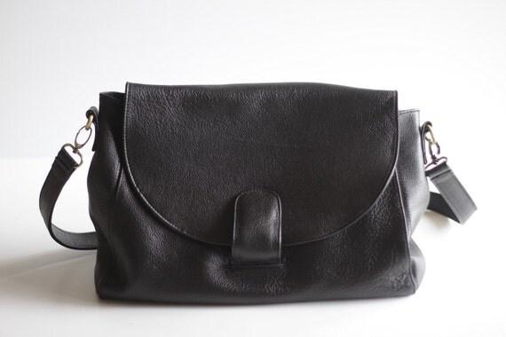 Leather Cross Body Satchel Bag in Black