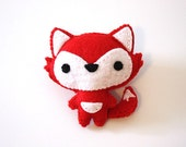 Animal with pocket - Cute little wolf brooch