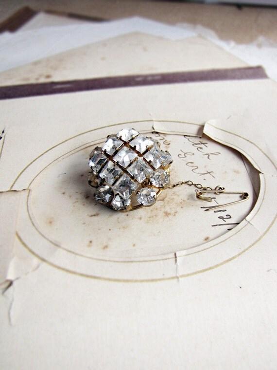vintage square rhinestone brooch - good sparkle - retro 1950s - elegant