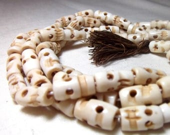 Bone skull beads - Little Shrunken Heads (20 beads) halloween beads