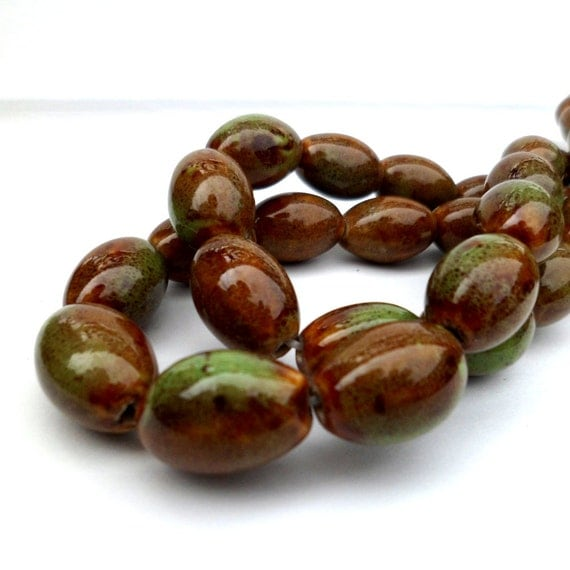 Ceramic Beads Green Barrel Beads Martini Olives 20mm x 15mm 10 Pieces