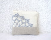 Cute little pouch, natural linen and lace