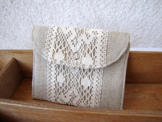 mini wallet  with natural linen and vintage lace