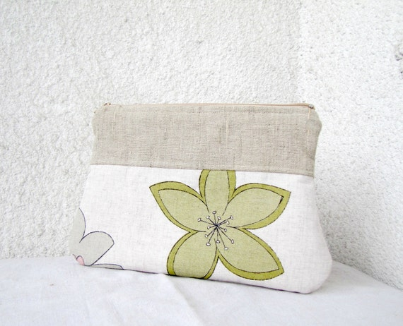 The Green Flower Zipper pouch Cosmetic bag, Diapers case - Linen and Upcycled cotton
