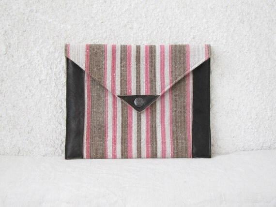 Envelope Clutch Purse Vintage Linen leather details