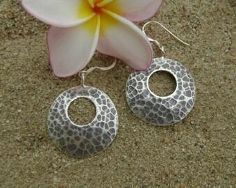 Karen Hilltribe Silver Earrings - The Circle Hammered Shield(3)
