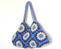 Granny crochet bag in blue and cream with flowers