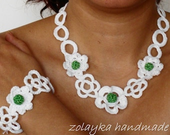 Floral crochet choker and bracelet with tiny flowers, textile jewelry set