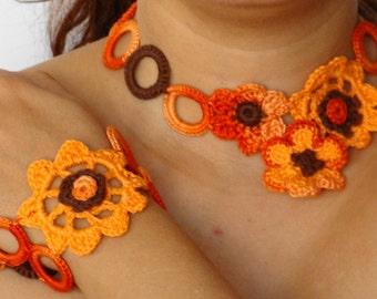 Summer crochet necklace and bracelet set in light orange , flower chocker and bracelet set crochet