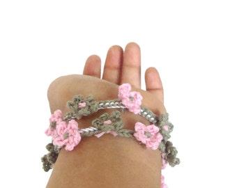 Fiber flowers bracelet pale pink, pale khaki green, lariat bracelet