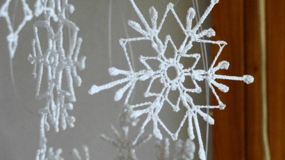 Tiny crochet snowflakes, white christmas decoration ornament, snowflakes appliques, Christmas tree hanging ornaments, set of 6