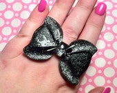 Big Black Glitter Bow Ring