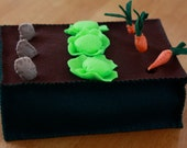 Felt Mini Veggie Garden Play Set
