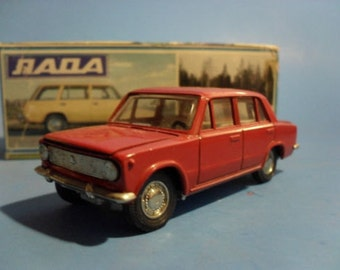 Rare Russian Diecast Car Lada 2102 1:43 USSR. Mint in original box