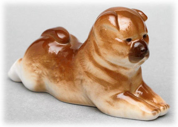 Russian Imperial Porcelain  CHOW CHOW Dog LOMONOSOV Figurine.  Great  Quality Factory marked