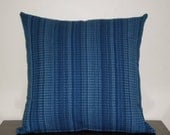 Lovely blue textured cushion cover, great size 45cmx45cm (18ins x 18ins)