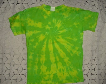 Tie dye shirt, Medium Youth, swirl of lemon and lime