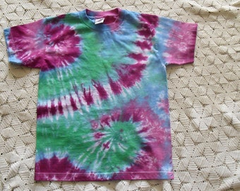 Tie dye shirt Youth Large Double spiral of plums, greens, blues, and pinks