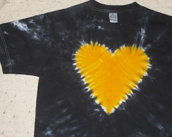 "Tiedye shirt- Adult Medium -  ""Heart of Gold"""
