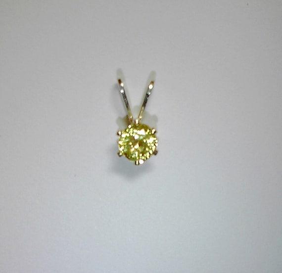 Light yellowish green Grossular Andradite Mali Garnet pendant